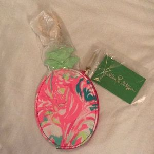 Lilly Pulitzer coin purse and keychain